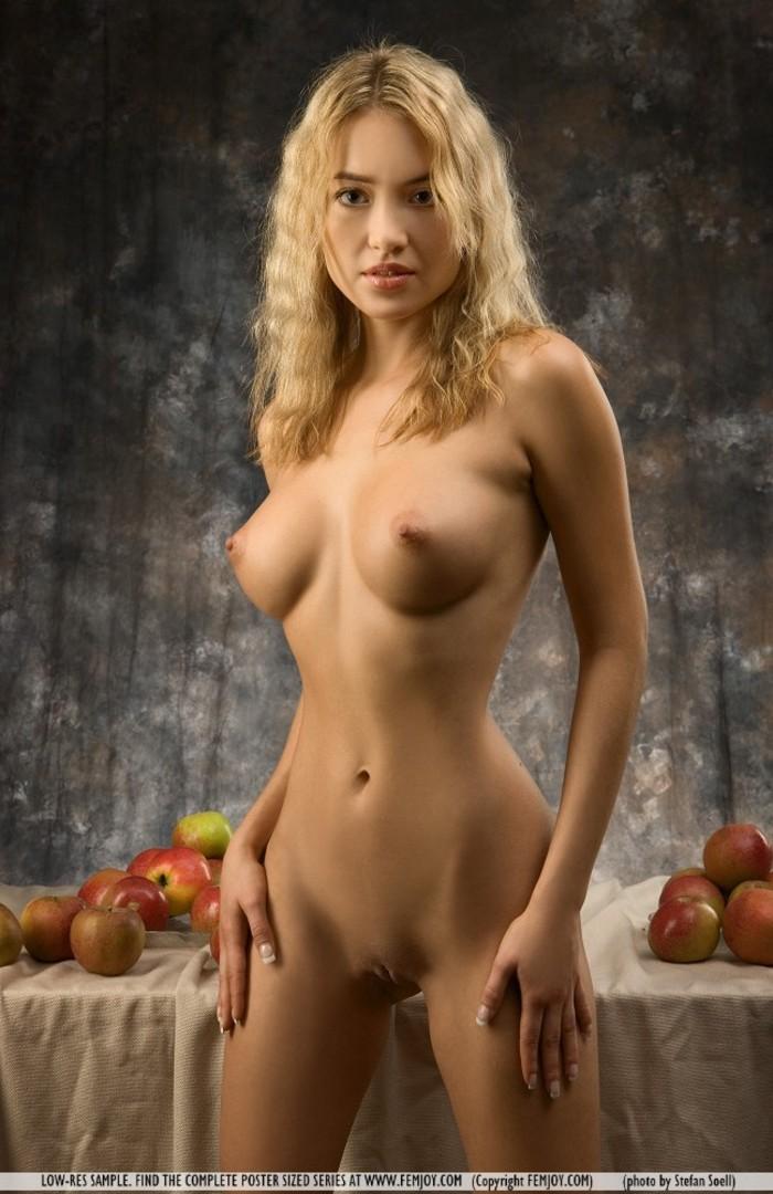 Фото ню русских моделей